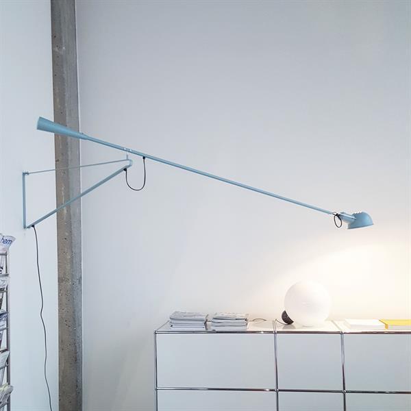 flos 265 blue special edition. Black Bedroom Furniture Sets. Home Design Ideas